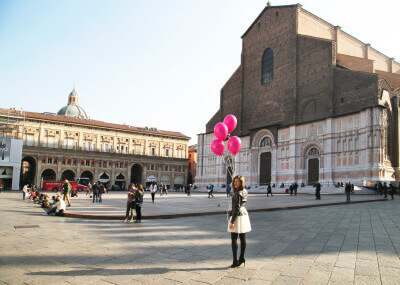 Valeria Moschet_ Piazza Maggiore Bologna