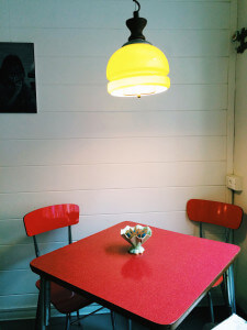 Vintage table_Fram Cafe Bologna