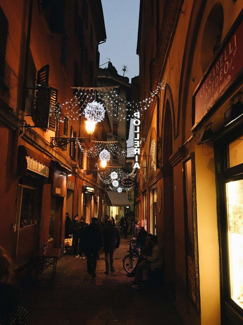 Bologna centro luci di Natale