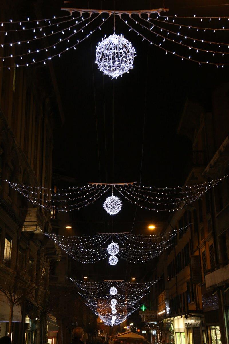 Luminarie Bologna_ Natale 2015
