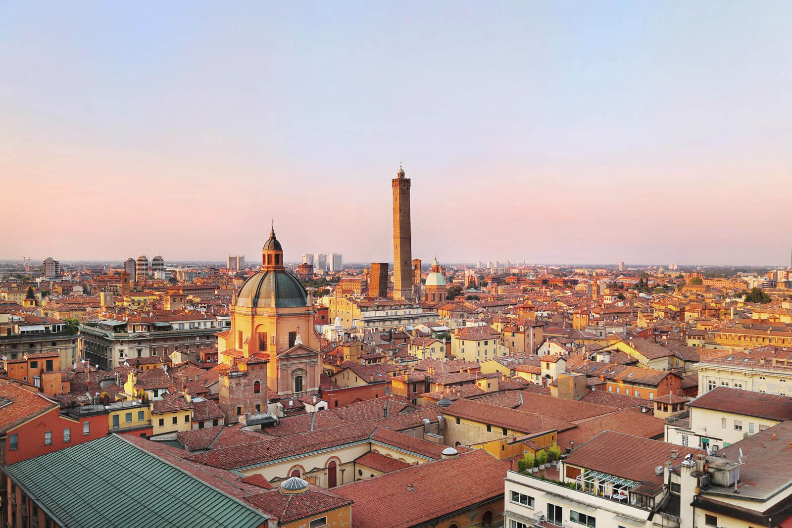 A special view over Bologna: San Petronio\'s terrace. - My Lovely Bologna
